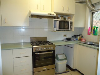 View profile: In the Heart of Westmead! Gas Cooking!!