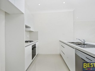 View profile: 2 Bathrooms! Gas Cooking! Close To Westfields