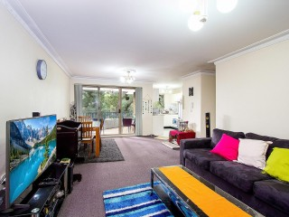 View profile: Top Quality Unit- 3 Minutes Walk to Station!